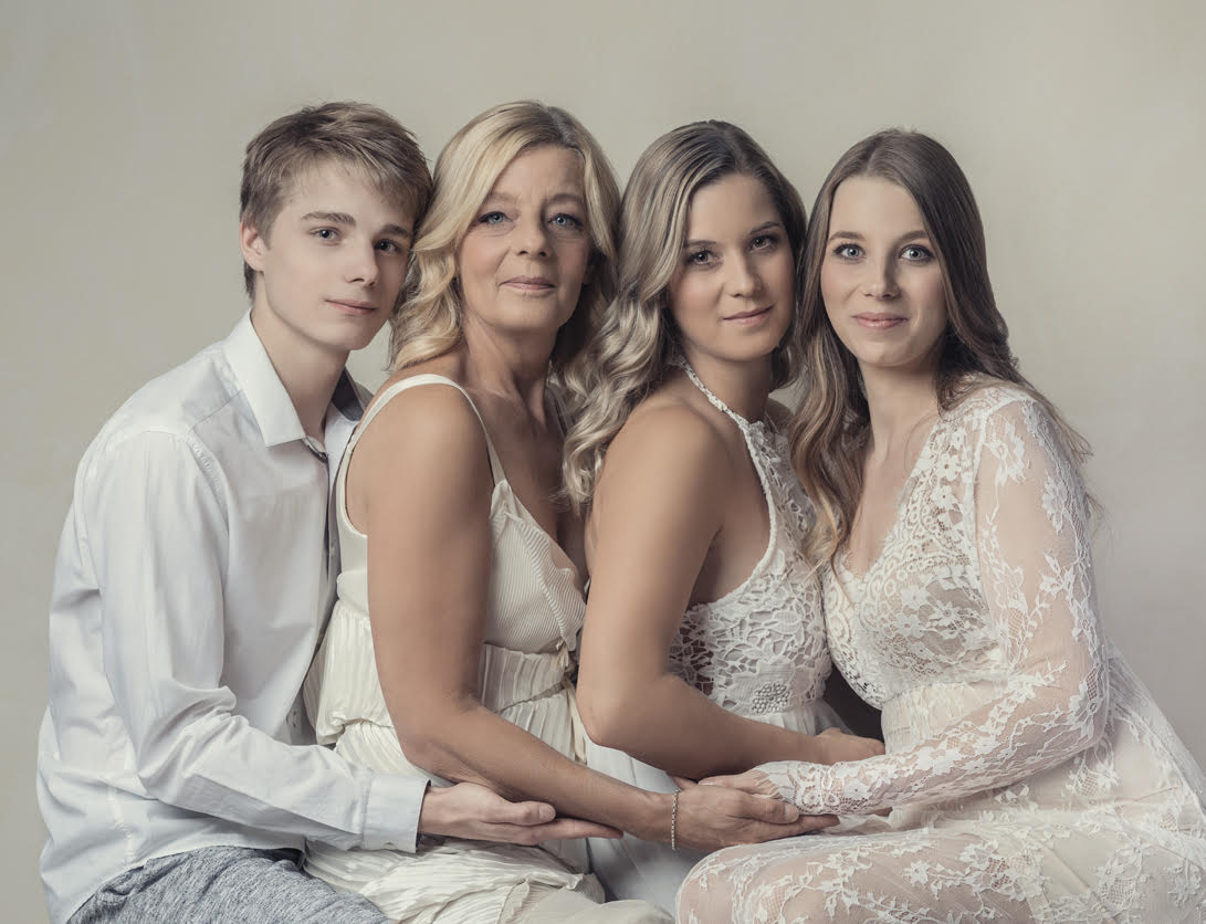 Richard Wood Photography // Abby Schofield Hair -Mothers Day Promo