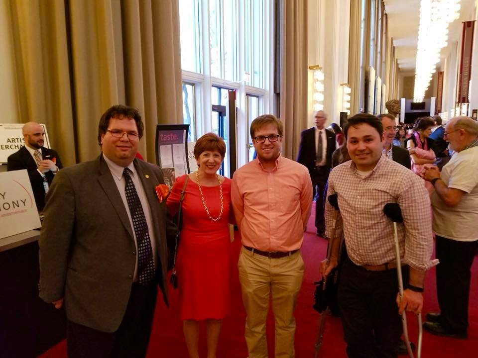 Peter Brusoe (President) and members of the Metro D.C. UAlbany Alumni Association came to the concert to show their symphony pride. On their way into the concert hall they ran into Albany mayor Kathy Sheehan.