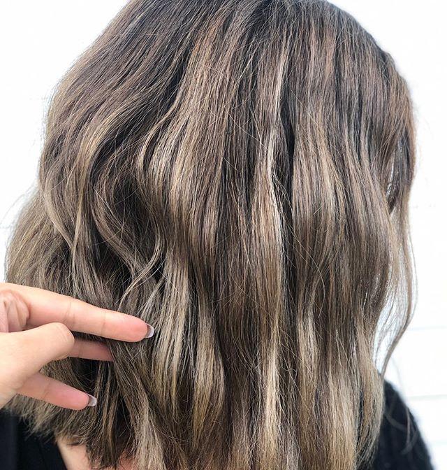 Ashy Brunette Waves 🌊 - by @danilocic - - - -  #yegbalayage #yeghair #yegstyle #tossledwavyhair #beachwaveshair #yeghairsalon #voodoodolls #yegbeauty #yeghairstylist #wella #wellacanada #hairtrend #fallhair #beautylaunchpad #yegtattooartist #yegmusician #yegmusic #t8n #stalberthair #stalbert #stalbertsalon #behindthechair #bridalhairstylist #canadianhairstylist