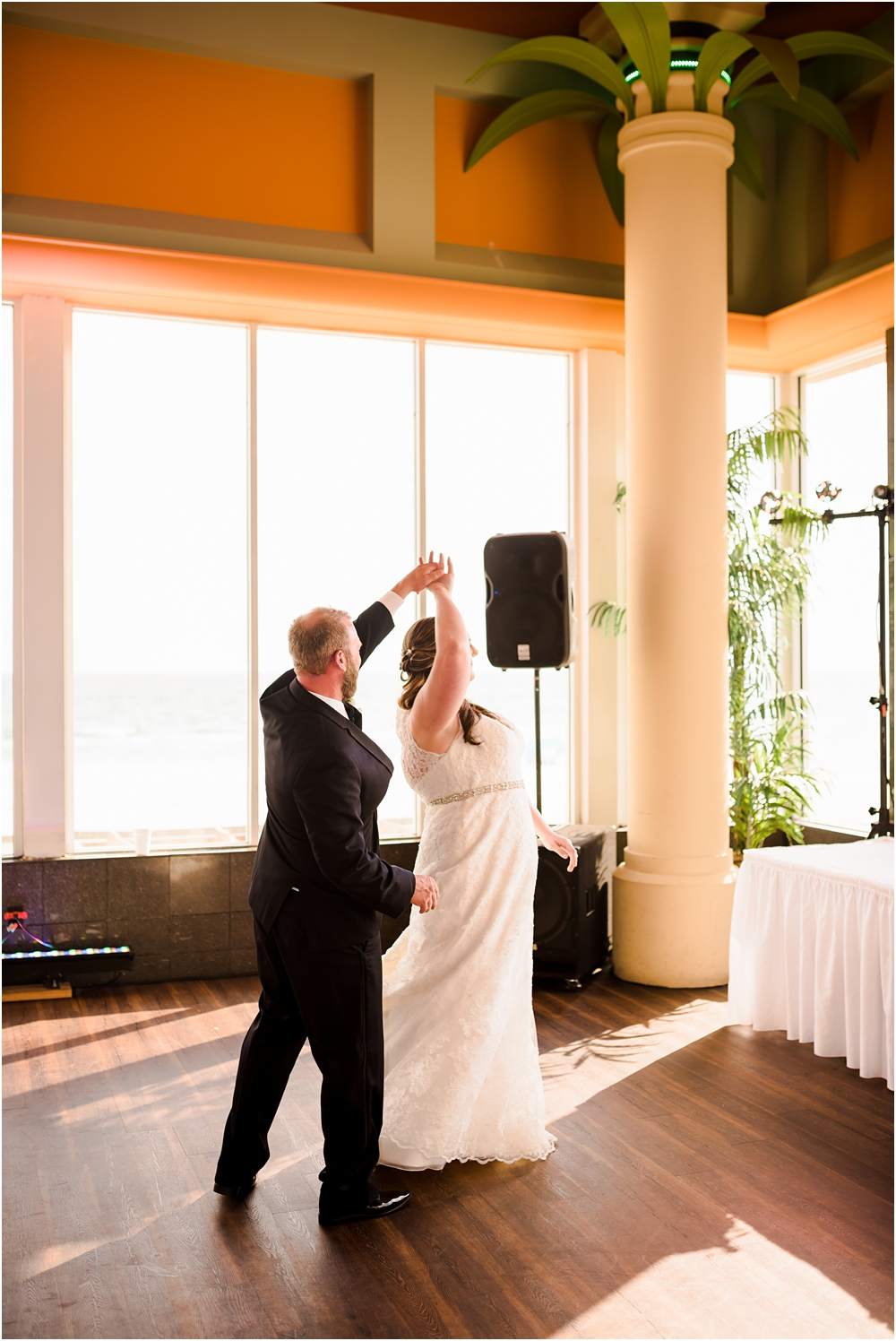 panama city beach florida harpoon harrys wedding kiersten stevenson photography-91.jpg
