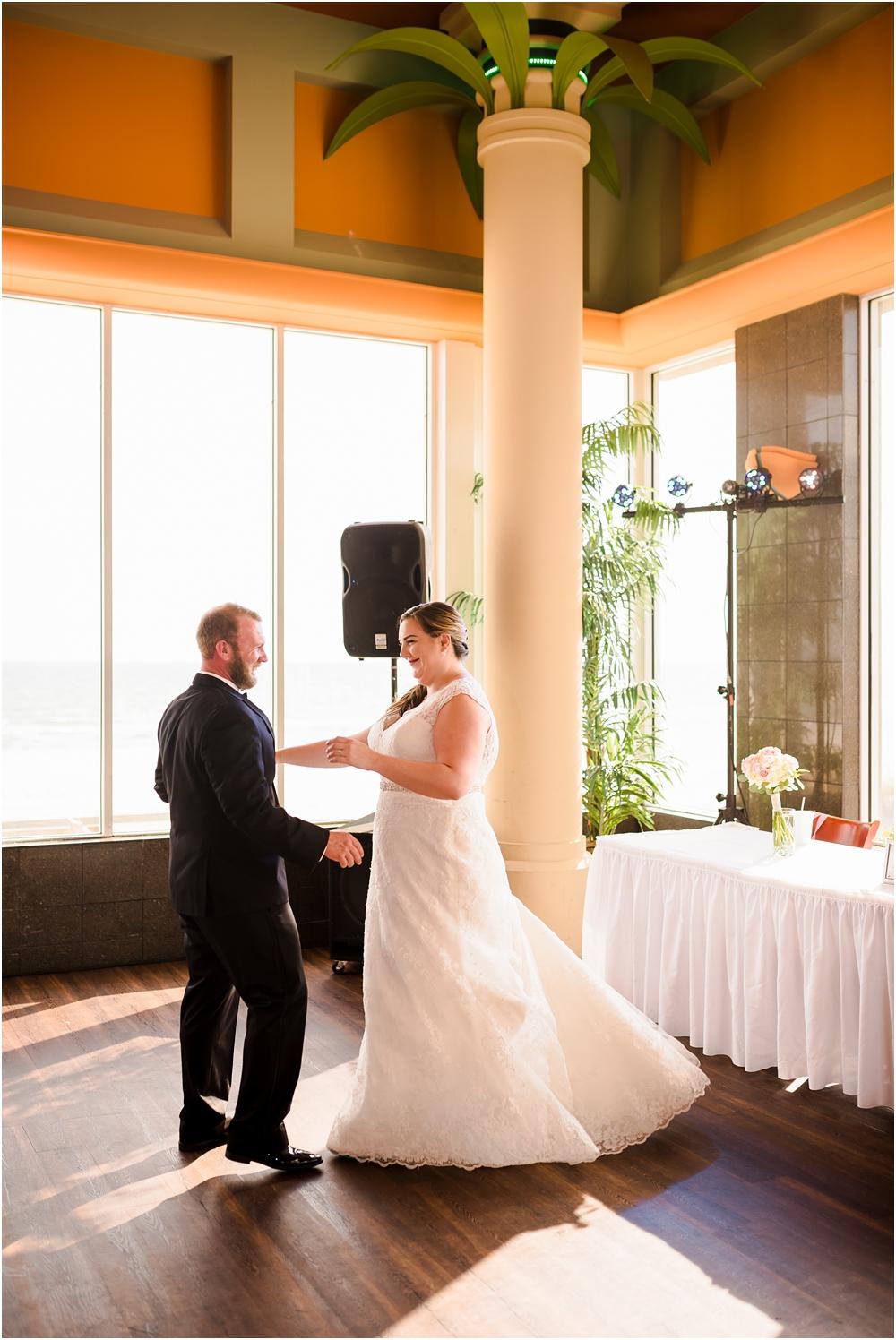 panama city beach florida harpoon harrys wedding kiersten stevenson photography-92.jpg
