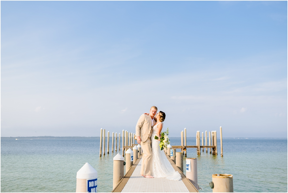 hemingways-pensacola-beach-wedding-kiersten-stevenson-photography-51.jpg