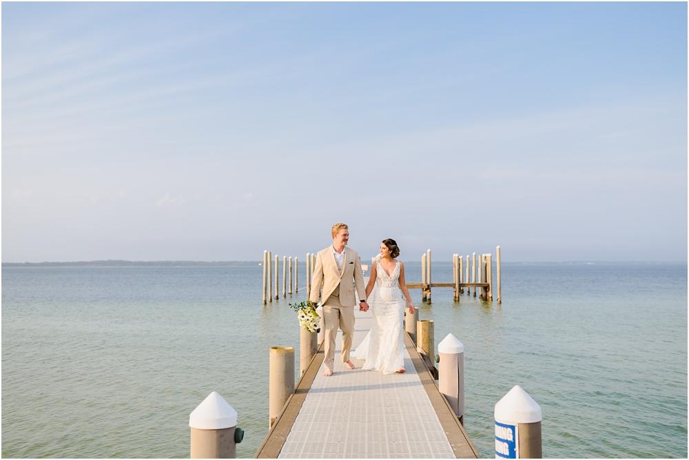 hemingways-pensacola-beach-wedding-kiersten-stevenson-photography-67.jpg