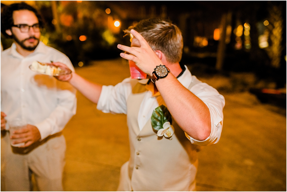 hemingways-pensacola-beach-wedding-kiersten-stevenson-photography-124.jpg