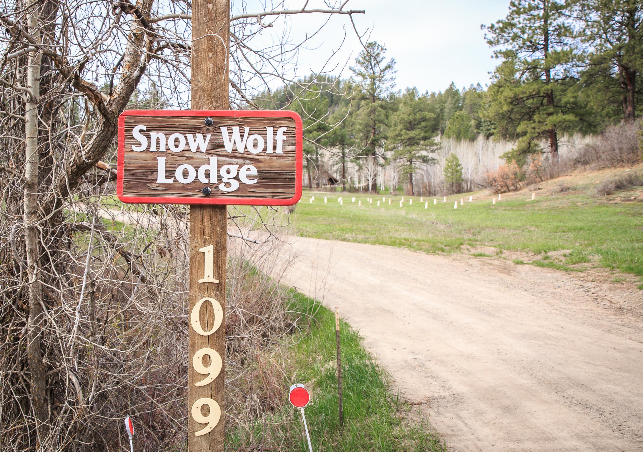 EXT Snow Wolf Lodge CREN--4.jpg