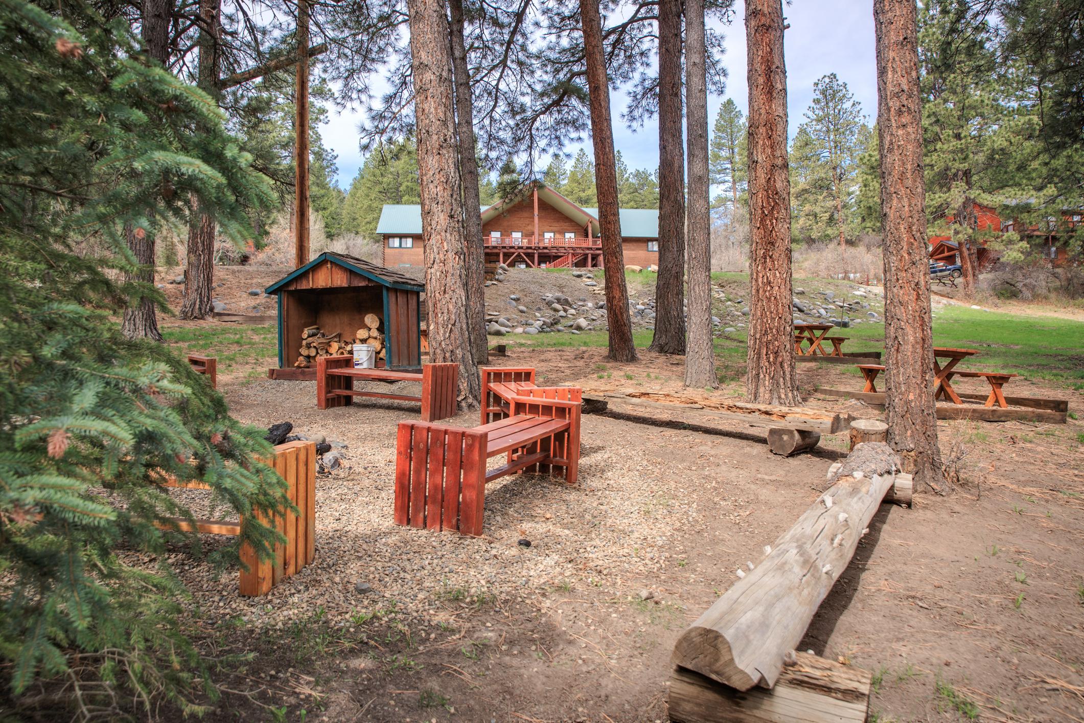 EXT Snow Wolf Lodge CREN--23.jpg
