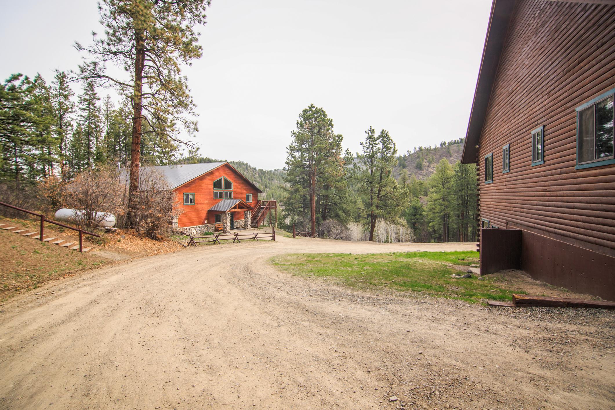 EXT Snow Wolf Lodge CREN--53.jpg
