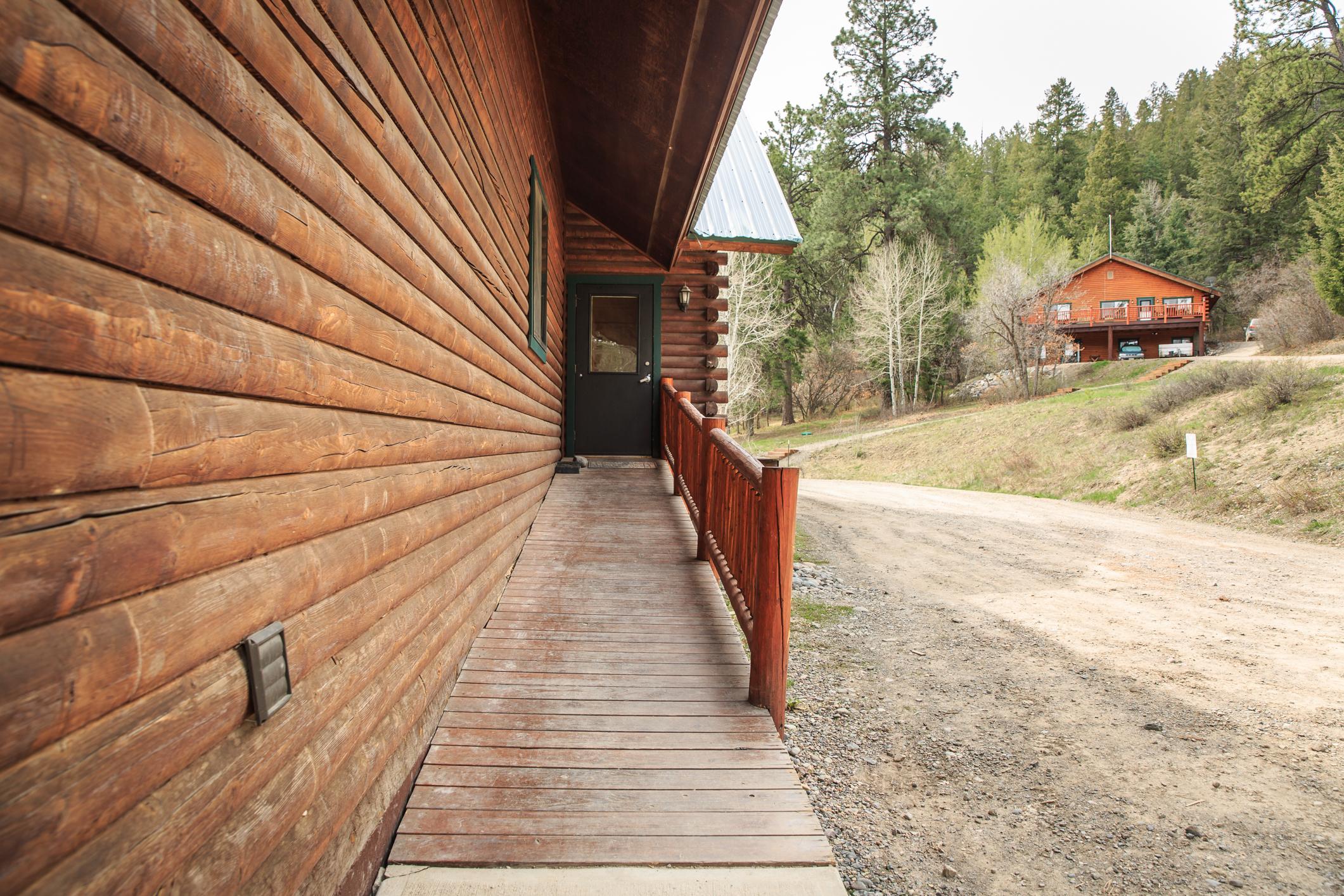 EXT Snow Wolf Lodge CREN--65.jpg