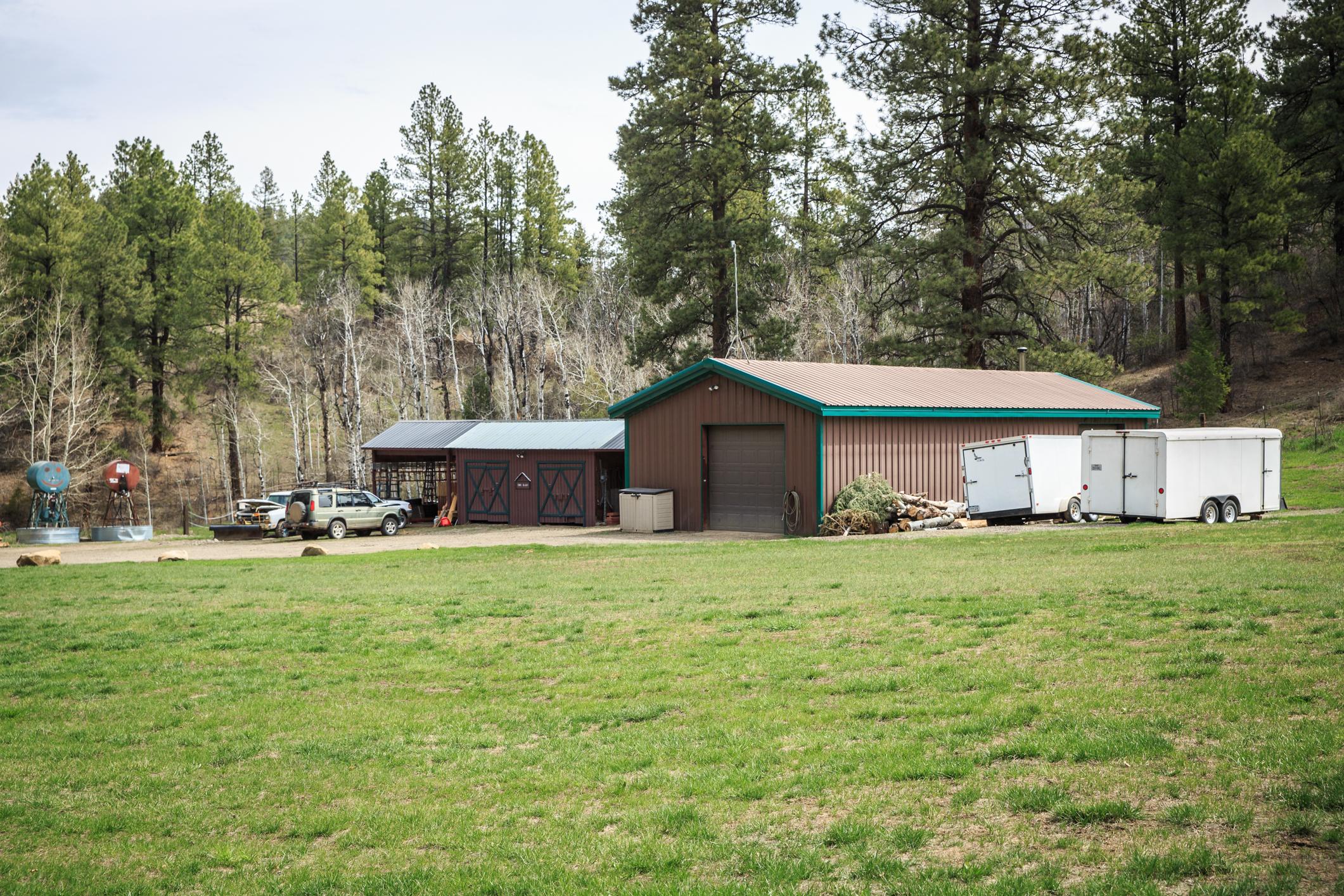 EXT Snow Wolf Lodge CREN--80.jpg
