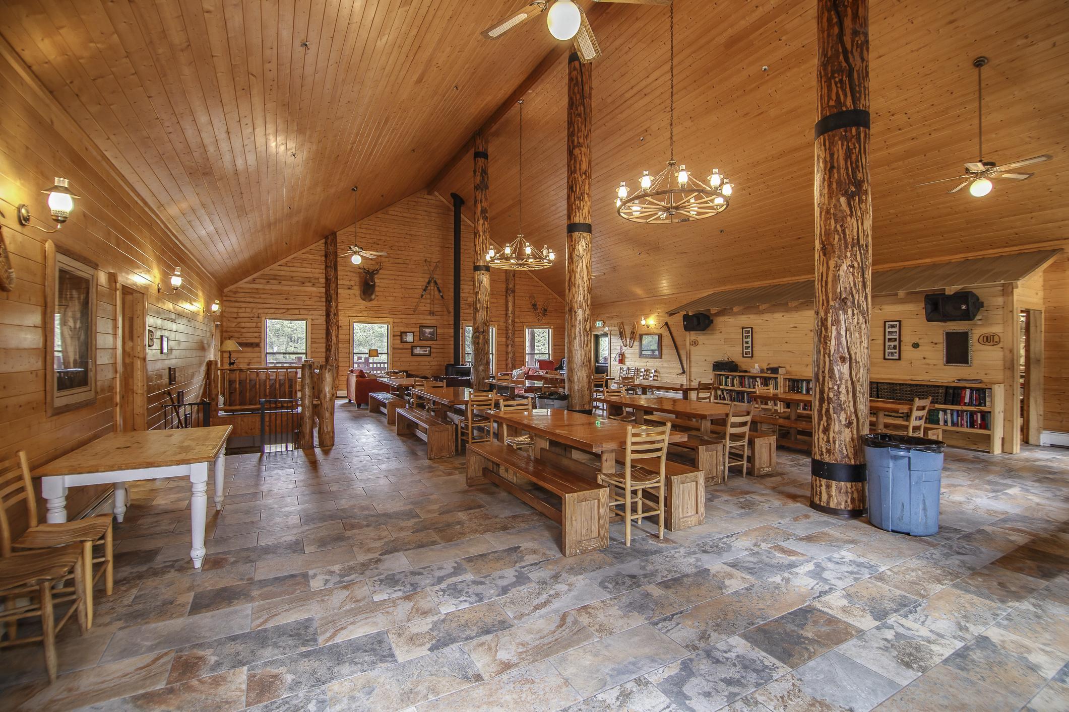 INT Main Lodge CREN--1.jpg