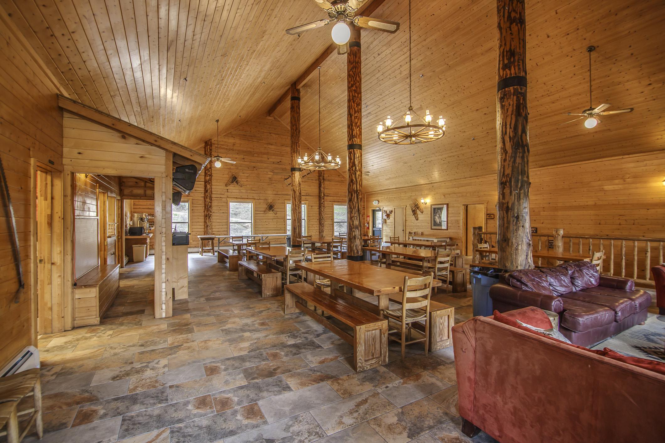 INT Main Lodge CREN--7.jpg