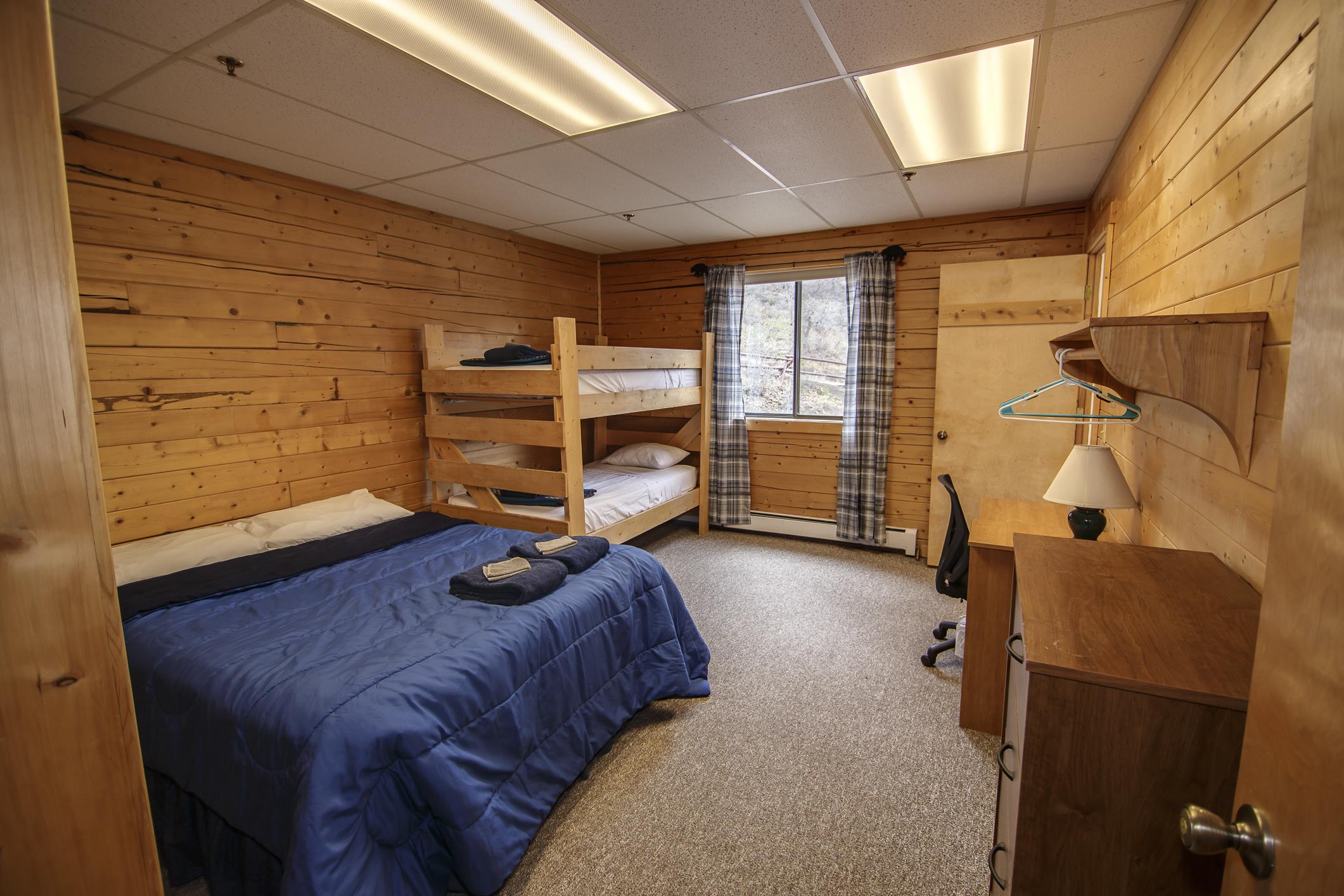 INT Main Lodge CREN--23.jpg