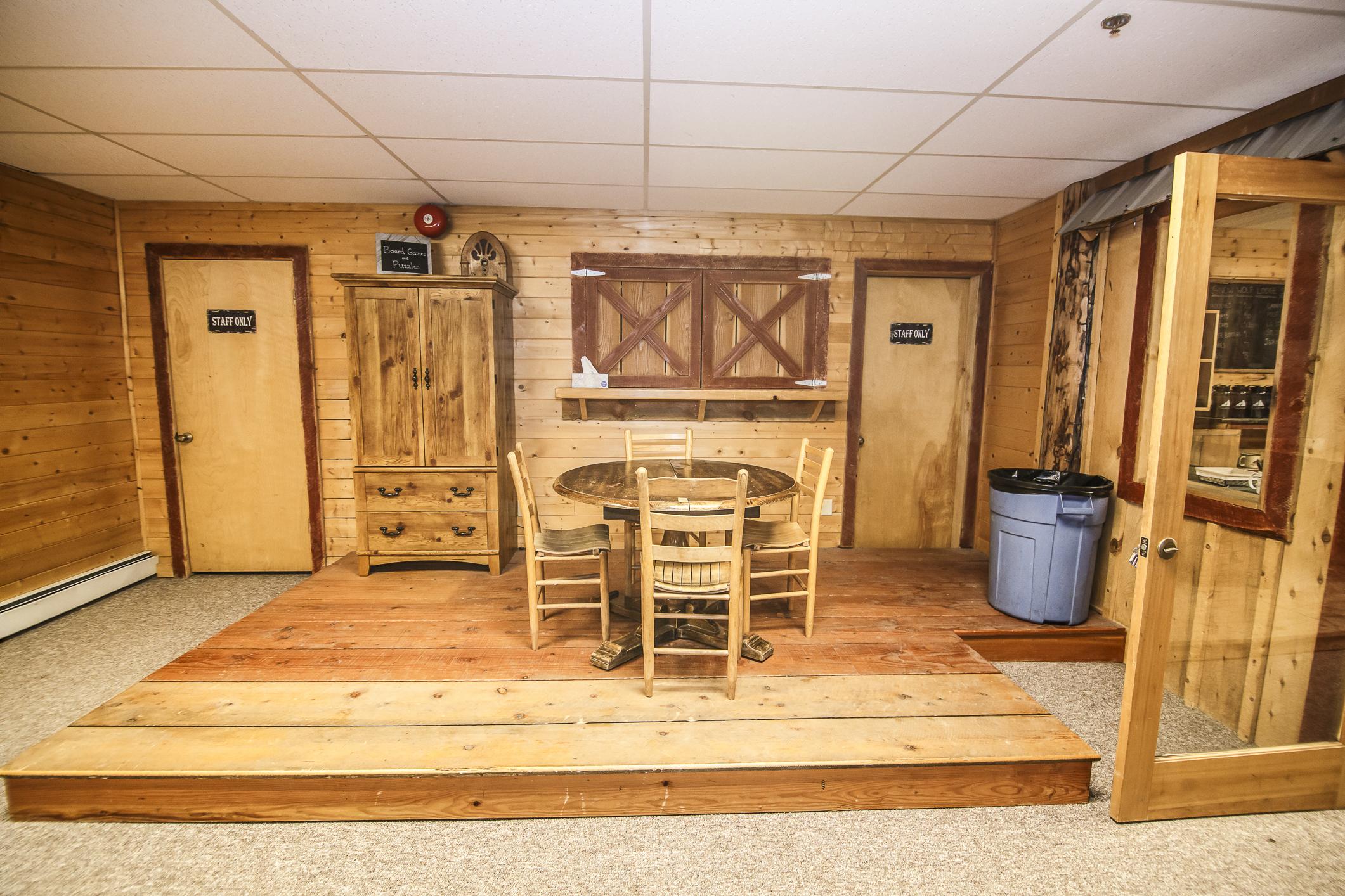 INT Main Lodge CREN--37.jpg