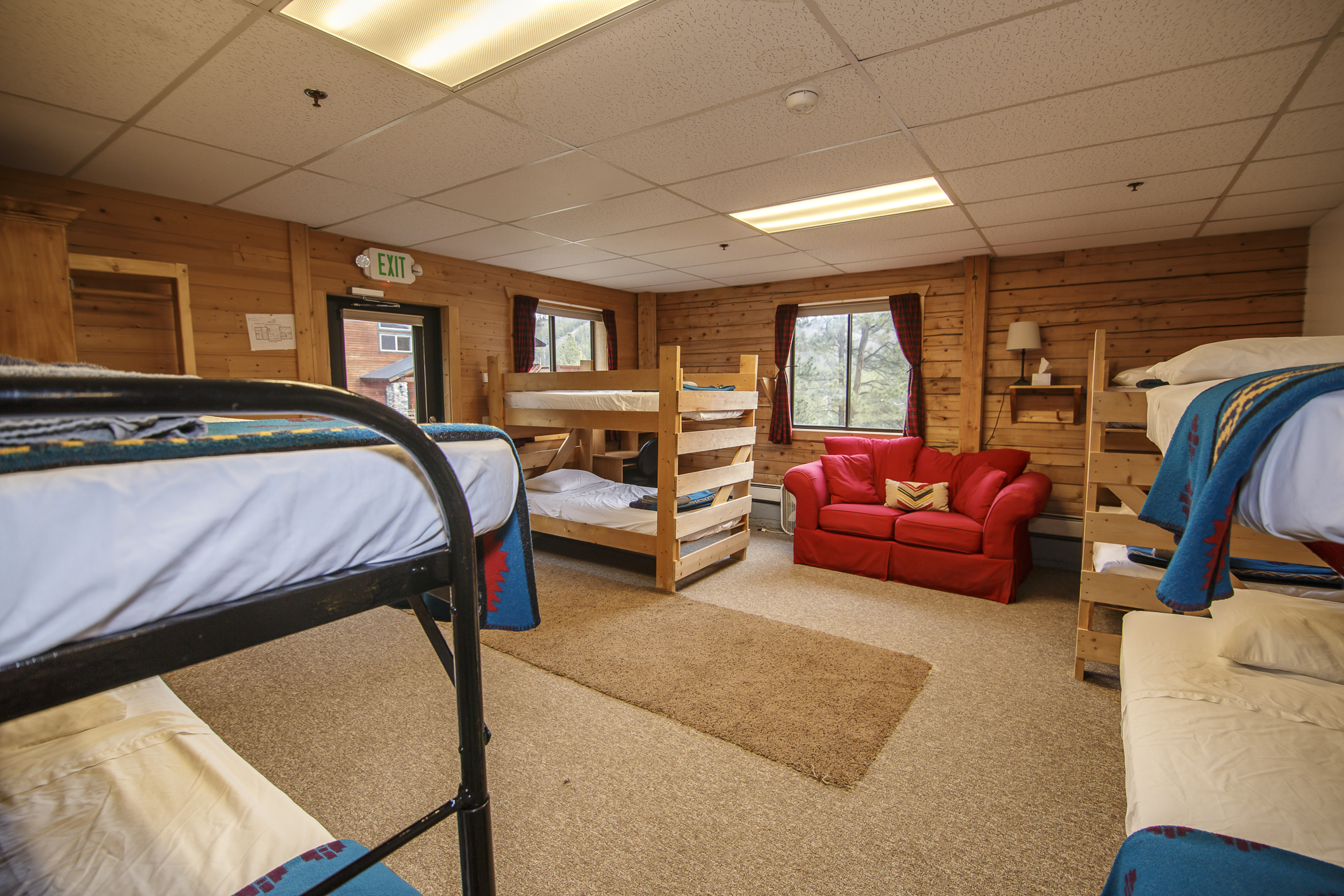 INT Main Lodge CREN--45.jpg