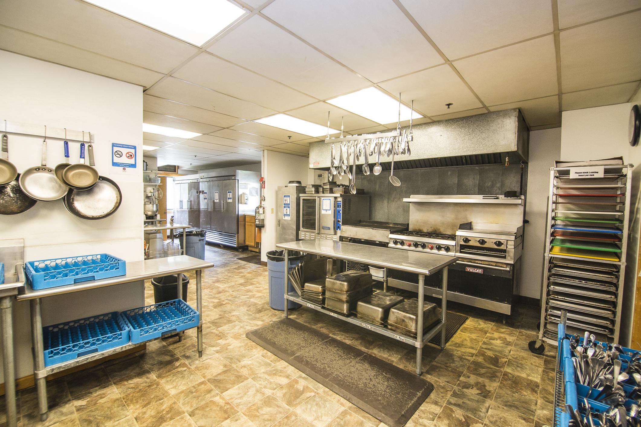 INT MAIN Lodge Kitchen CREN--3.jpg