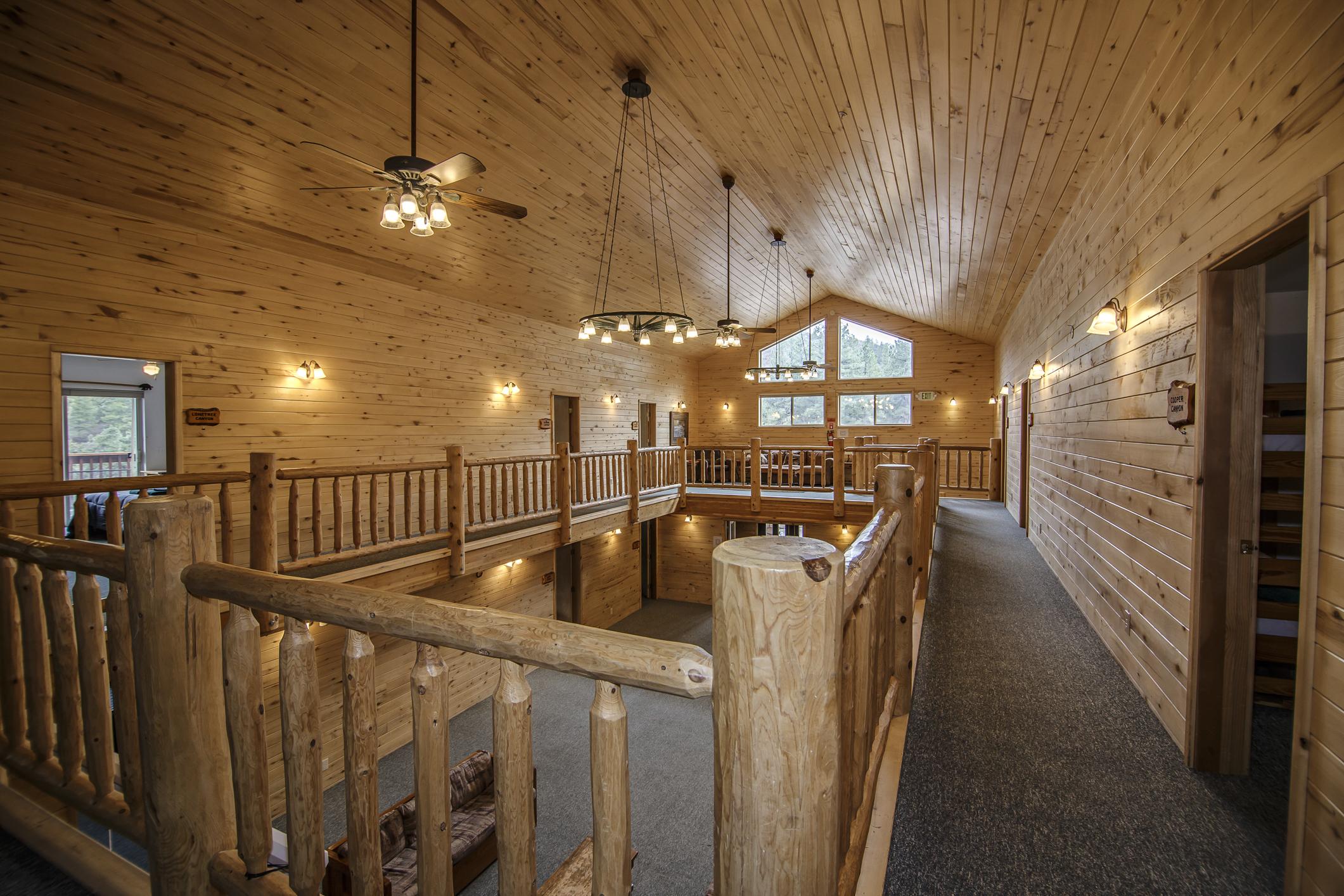 INT Echo Canyon Lodge CREN--12.jpg