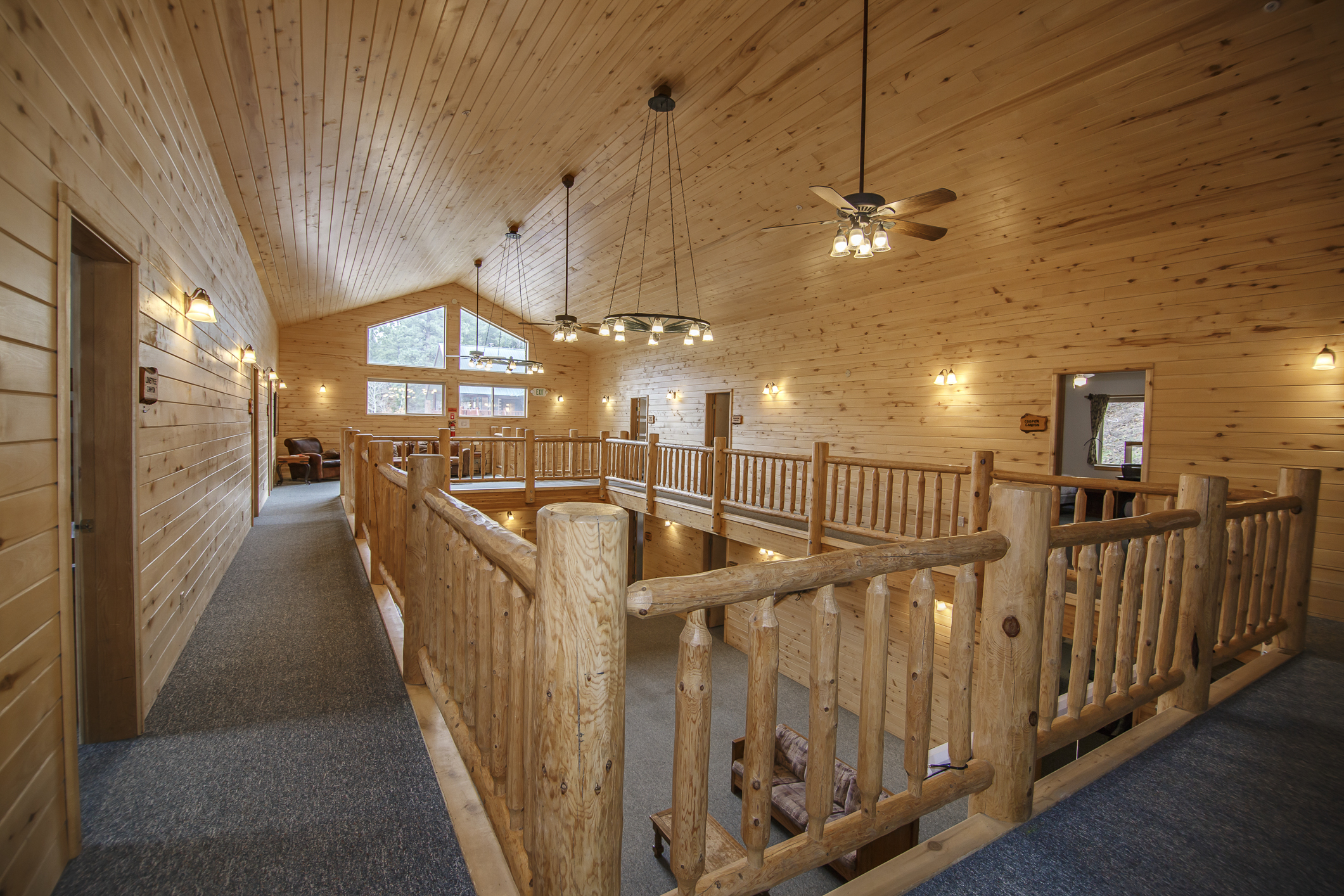 INT Echo Canyon Lodge CREN--13.jpg