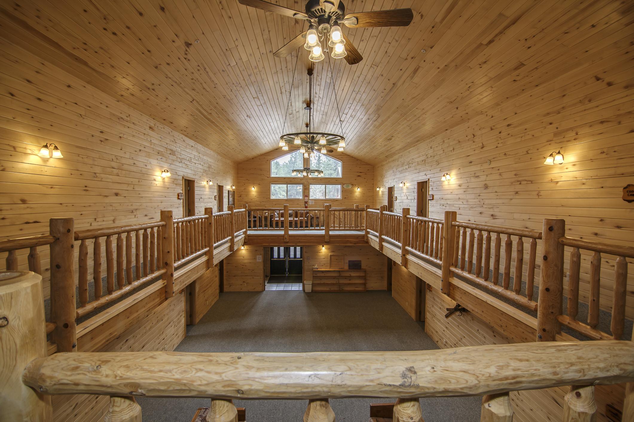 INT Echo Canyon Lodge CREN--14.jpg