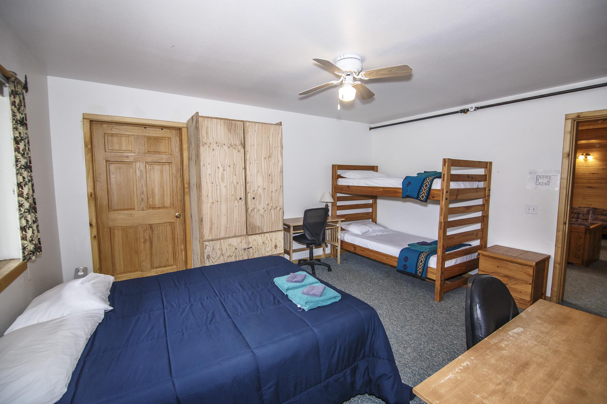INT Echo Canyon Lodge CREN--27.jpg
