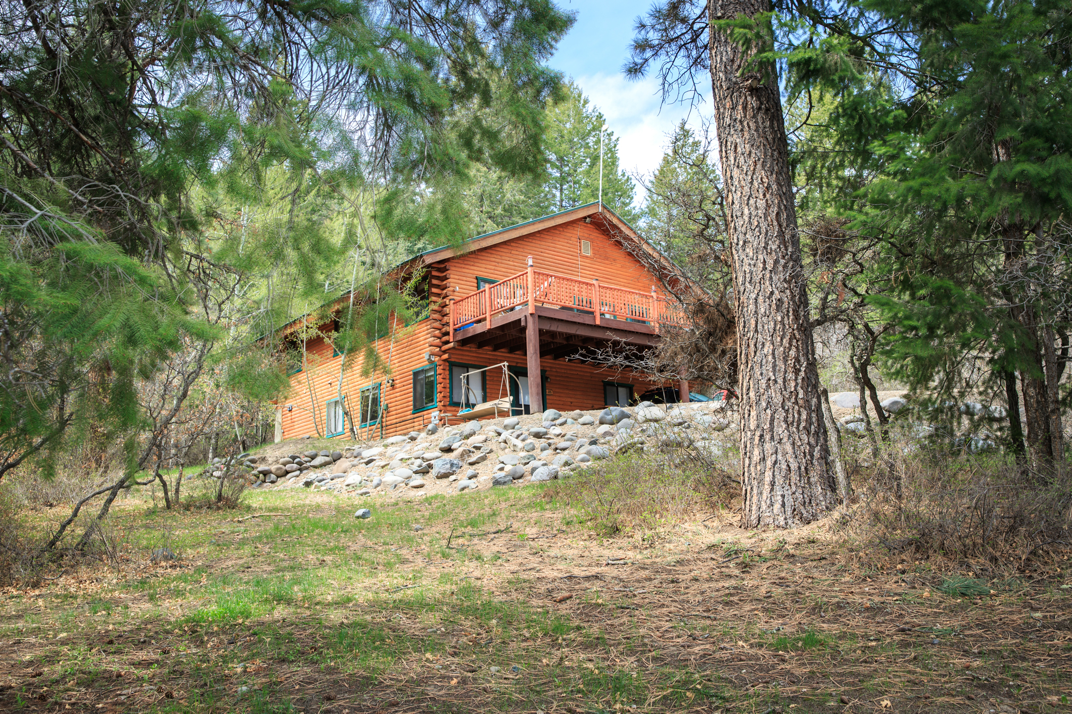 EXT Snow Wolf Lodge CREN--68.jpg