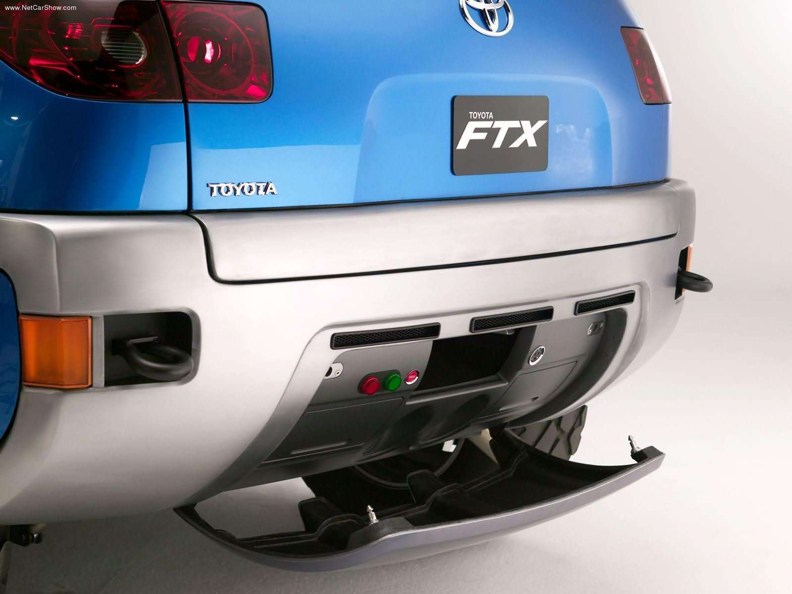 Toyota-FTX_Concept_2004_1600x1200_wallpaper_20.jpg