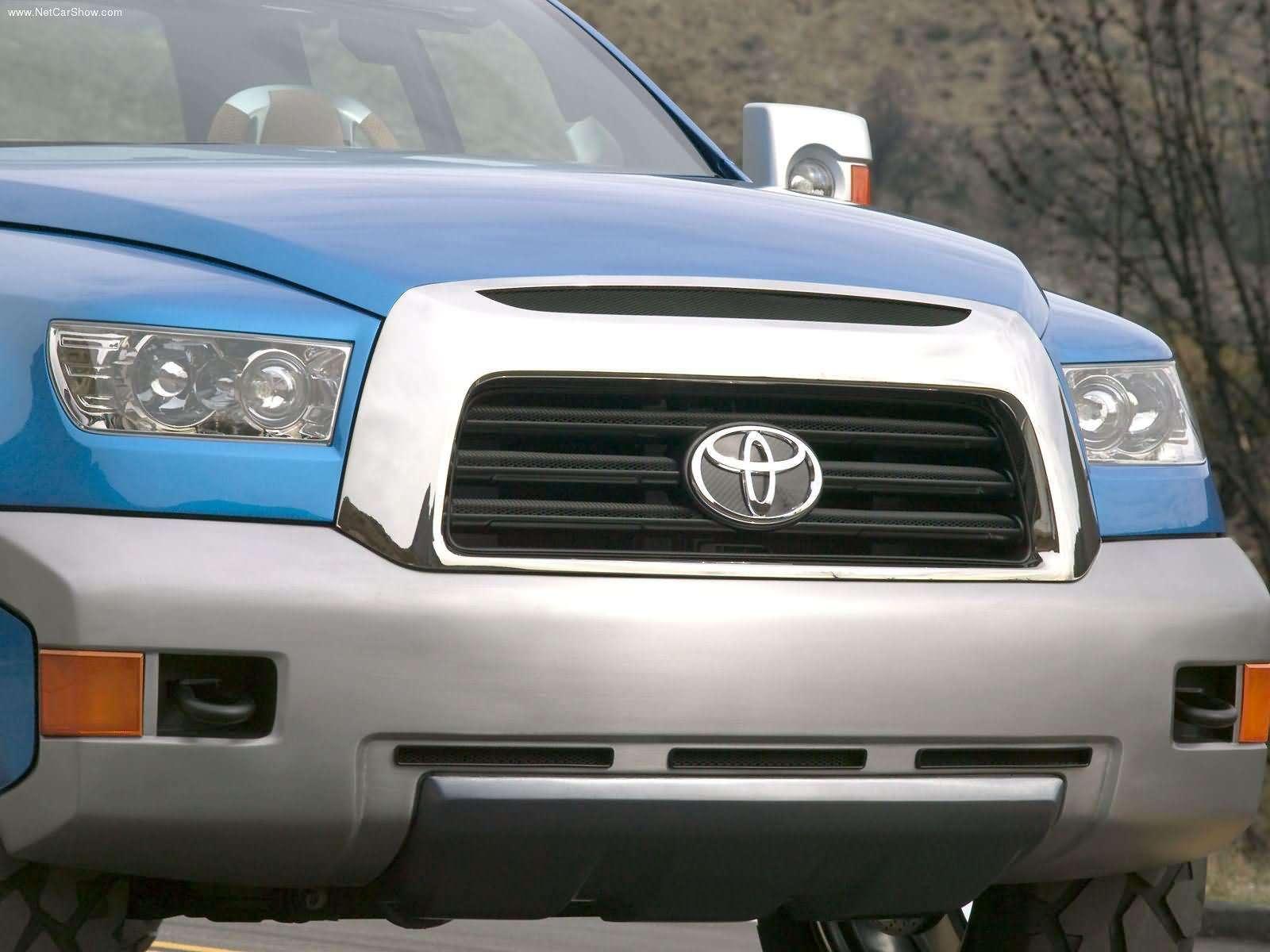 Toyota-FTX_Concept_2004_1600x1200_wallpaper_1f.jpg