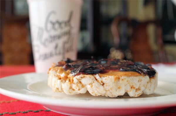 peanut-butter-blueberry-sandwich-03