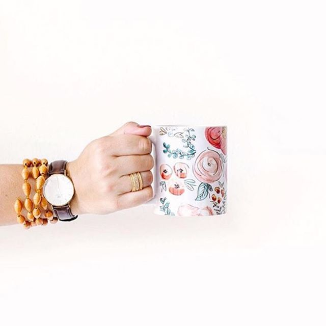 Coffee in one hand, confidence in the other. You're going to crush it this week. We can feel it! | ✨ @jennakutcher