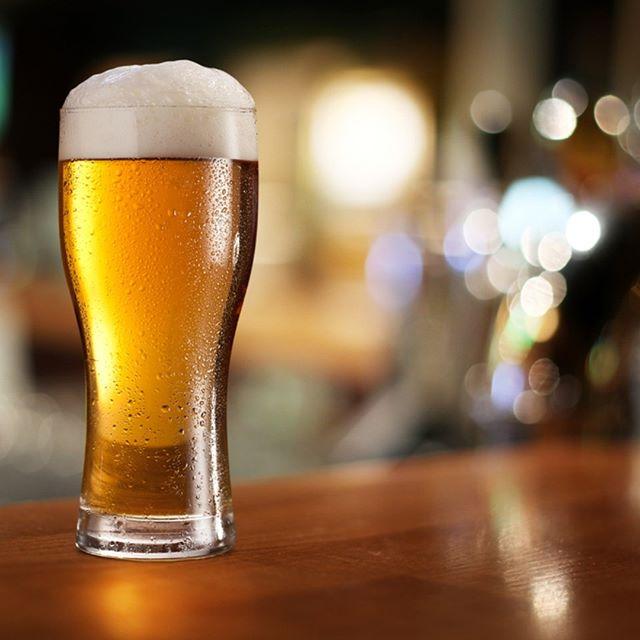 You know what rhymes with Friday?  BEER 🍻 . . . #royalhotelcarlton #carlton #royalhotel #sydneypubs #pubgrub #pubfeed #southsydney #kogarah #happyhour #nswpubs #whatsonnsw #beer #happyfriday #friyay #tfig #cheerstotheweekend #fridayfeels #friday #localpub