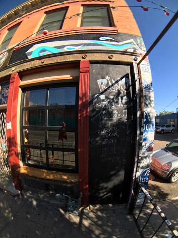 So-Gnar-x-Larimer-Lounge_Exterior-Mural_2015.jpg