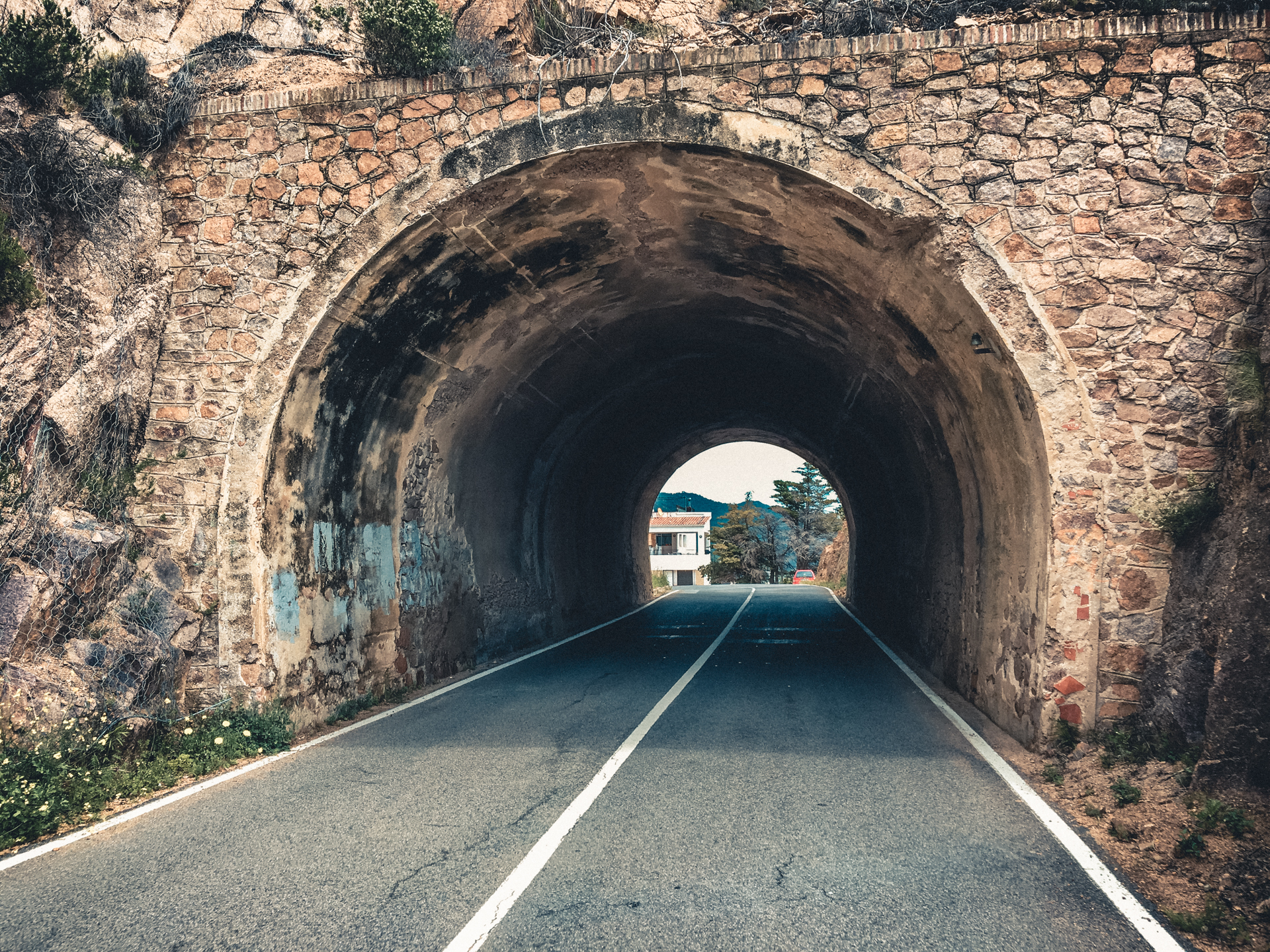 Cool tunnel!