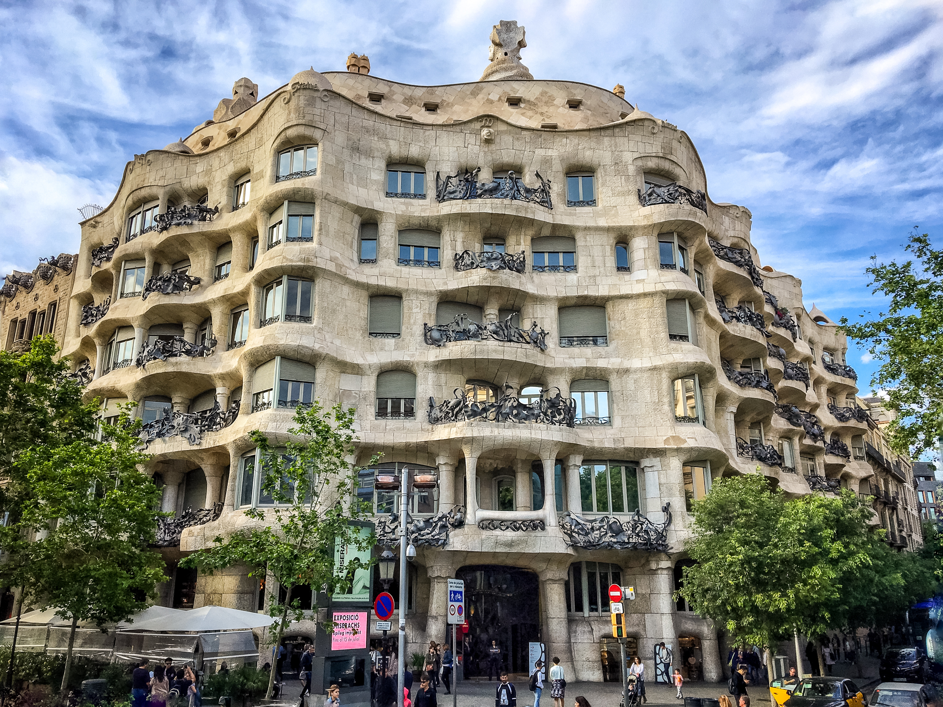 The interesting works of Gaudí.