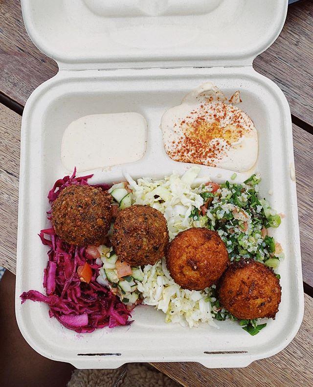 Meatless Monday every day at @falabar #falametokaleifornia
