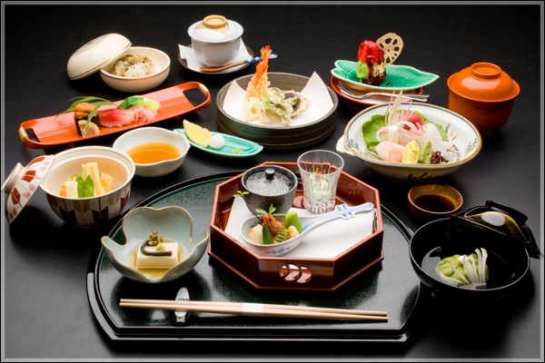 Typical simple  kaiseki  meal with multiple courses