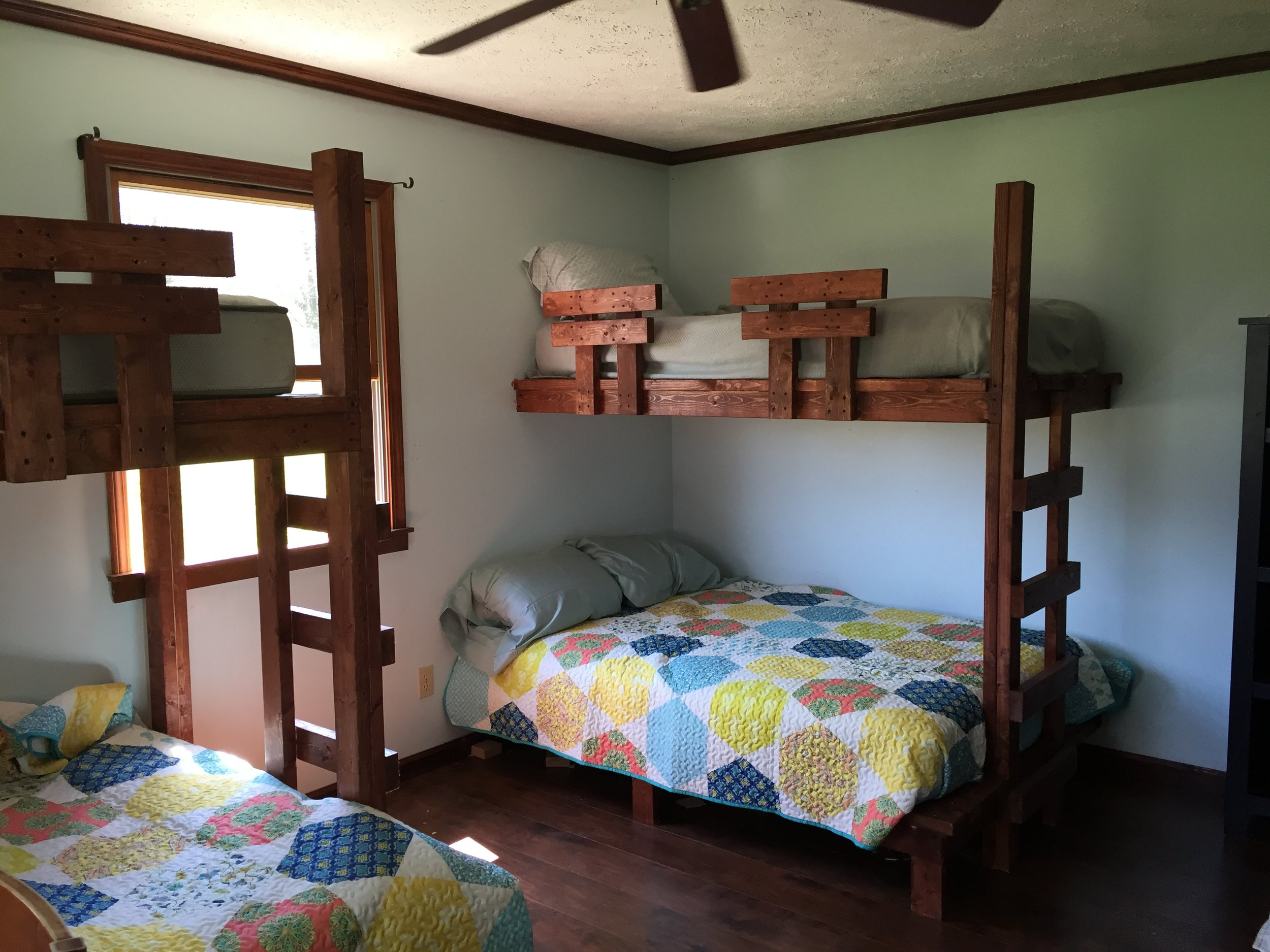 Farmhouse bunk room