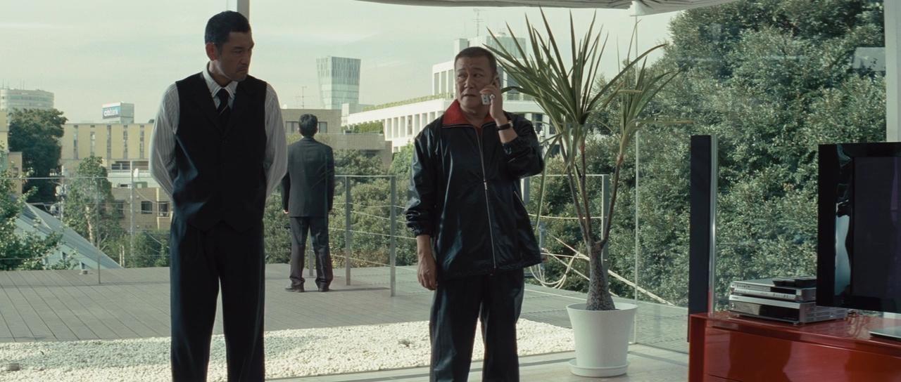 Outrage - 2010 - Takeshi Kitano.mkv_snapshot_01.10.28_[2017.10.05_20.39.26].jpg