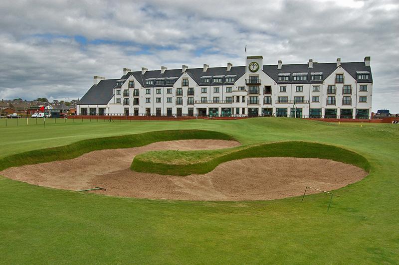 Carnoustie Hotel & Bunker