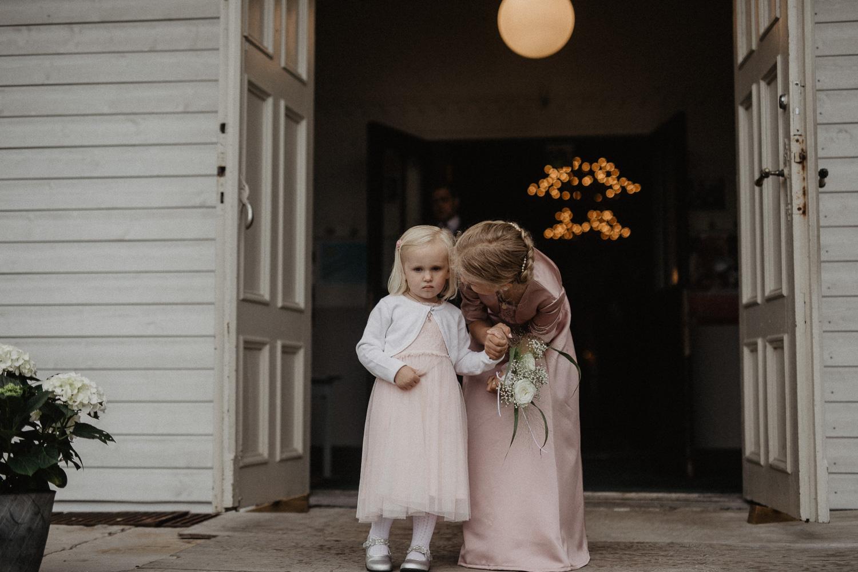 Fotograf Lillian Nordbø_linamarie+torhåkon-8.jpg