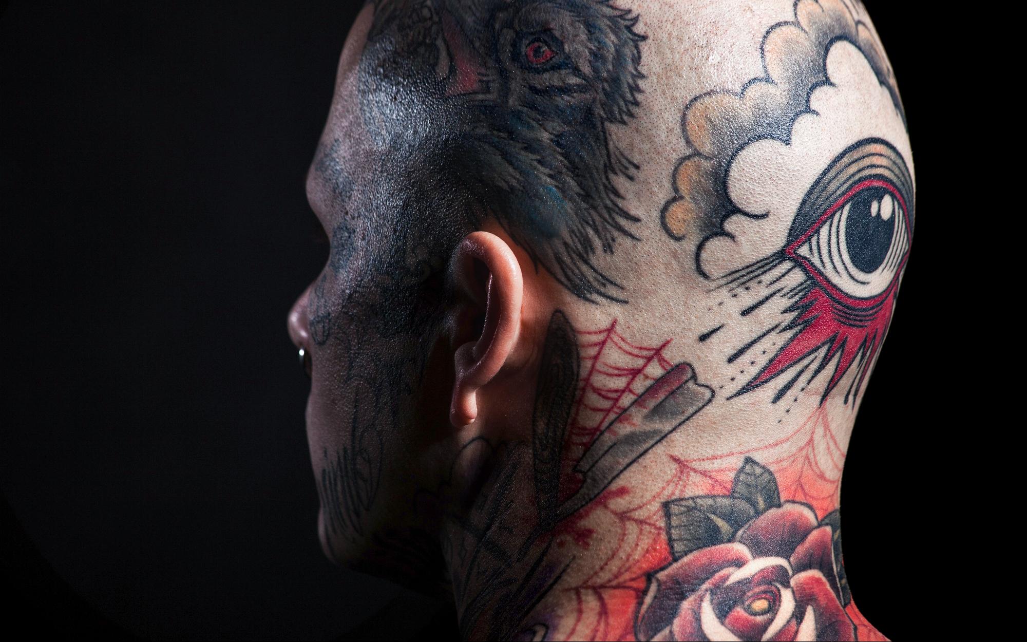 tattoo_neck