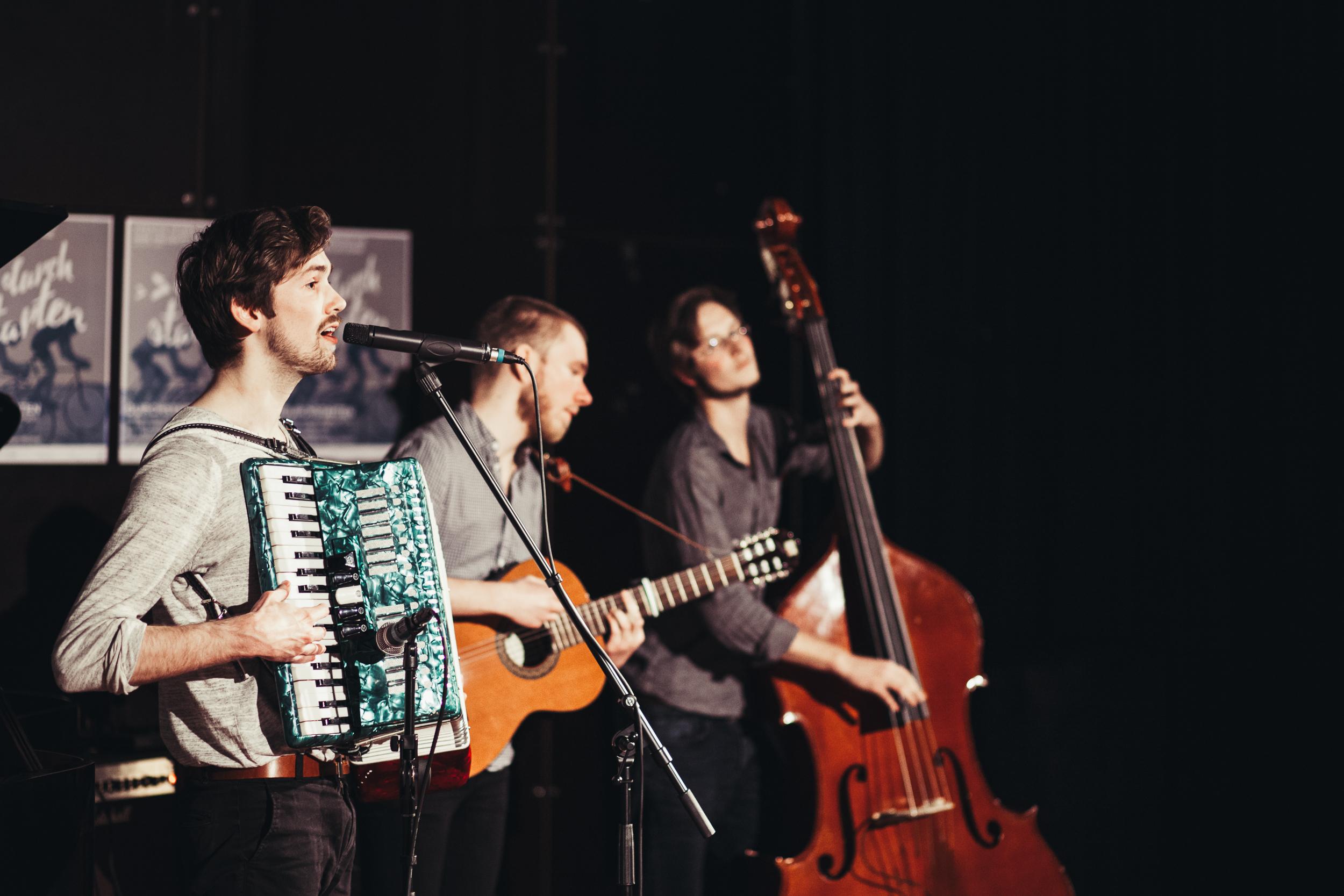 Lotte Concert - Durchstarten.