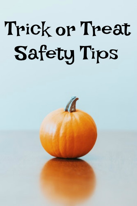 Trick-or-Treat-Safety-Tips.jpg