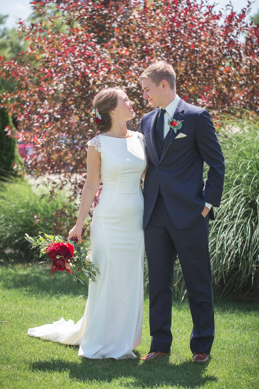 Michigan-Wedding-Photographer-Light-Garden-Photography-25.jpg