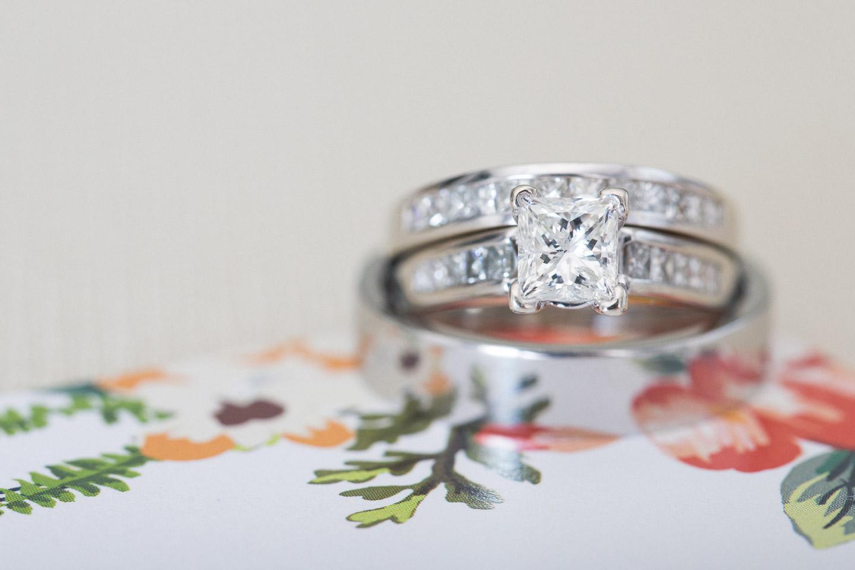 Michigan-Wedding-Photographer-Light-Garden-Photography-5.jpg