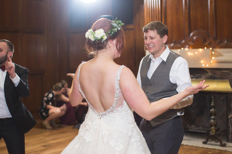 Michigan-Wedding-Photographer-Light-Garden-Photography-127.jpg