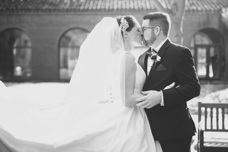 Michigan-Wedding-Photographer-Light-Garden-Photography-34.jpg