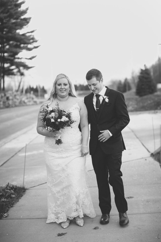 Michigan-Wedding-Photographer-Light-Garden-Photography-1-6.jpg