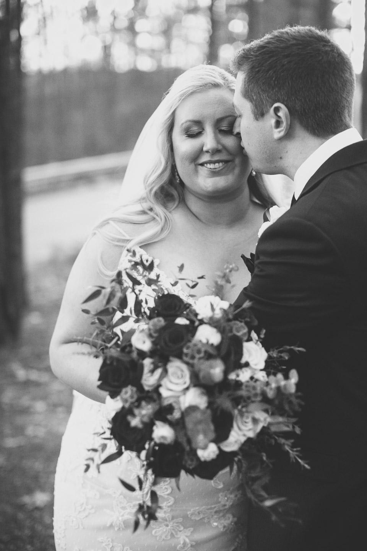 Michigan-Wedding-Photographer-Light-Garden-Photography-2-6.jpg