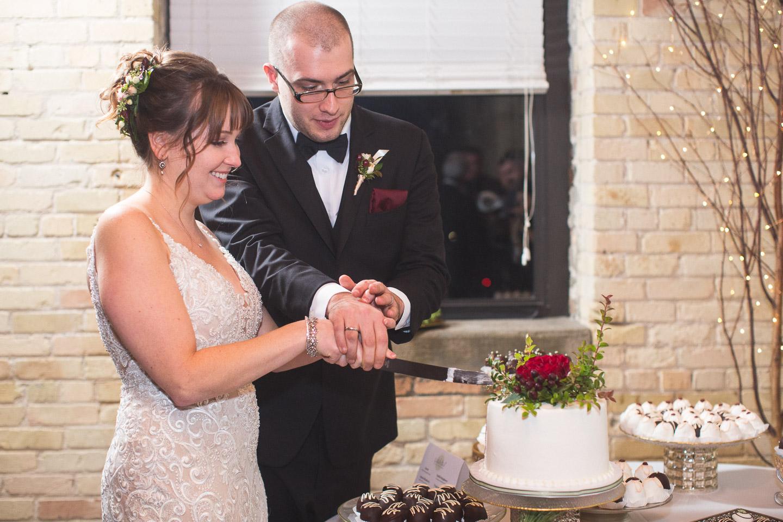 Michigan-Wedding-Photographer-Light-Garden-Photography-129.jpg
