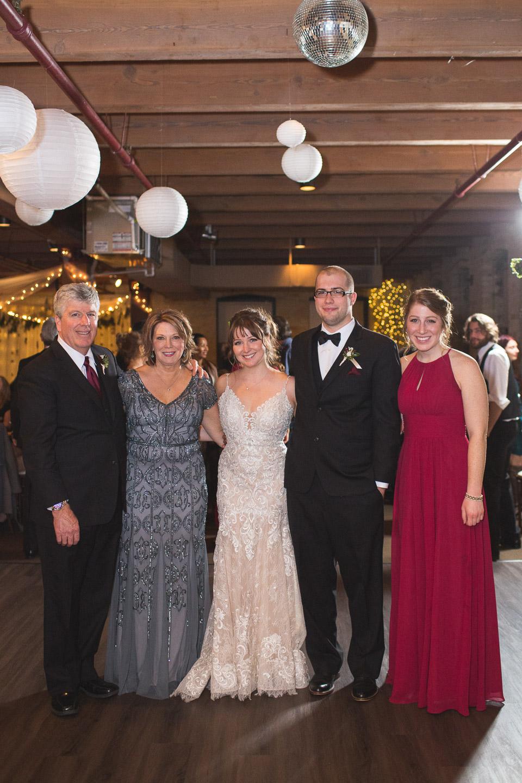 Michigan-Wedding-Photographer-Light-Garden-Photography-131.jpg