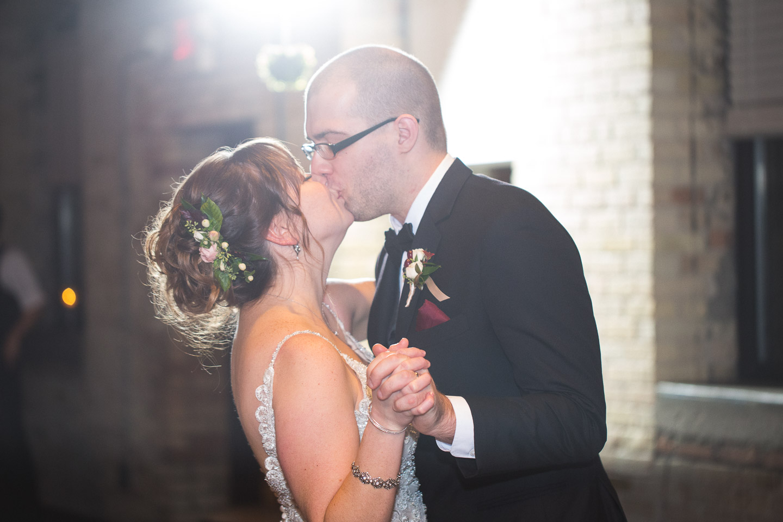 Michigan-Wedding-Photographer-Light-Garden-Photography-134.jpg